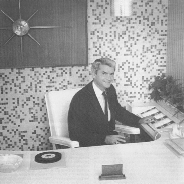 sam_phillips_at_desk